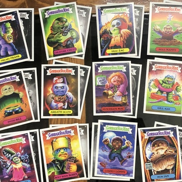Garbage Pail Kids x Universal Monsters Wax Pack Green (Complete Set)