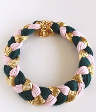Collar green and pink